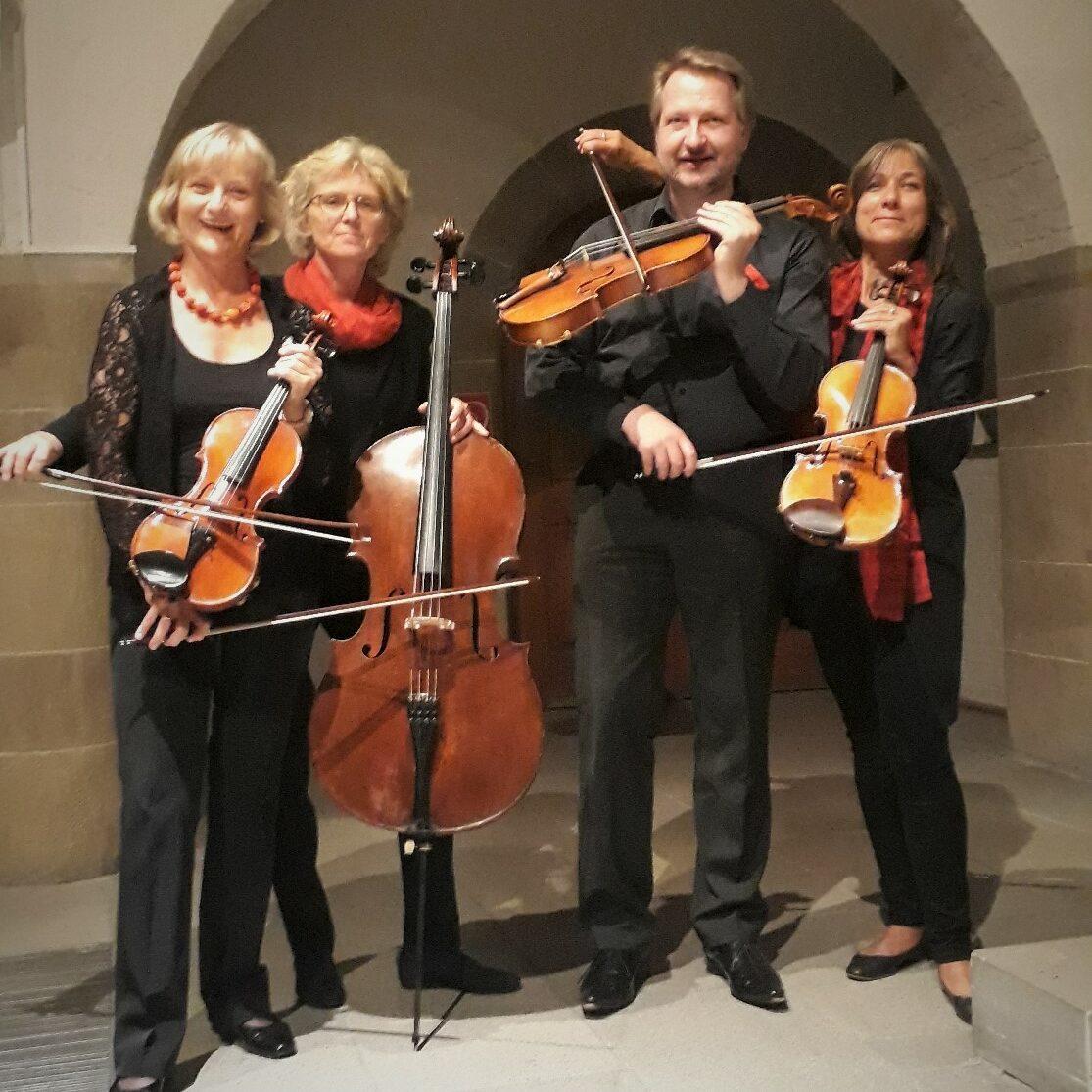 Paul-Gerhardt-Kammerorchester -coronagerecht als Streichquartett